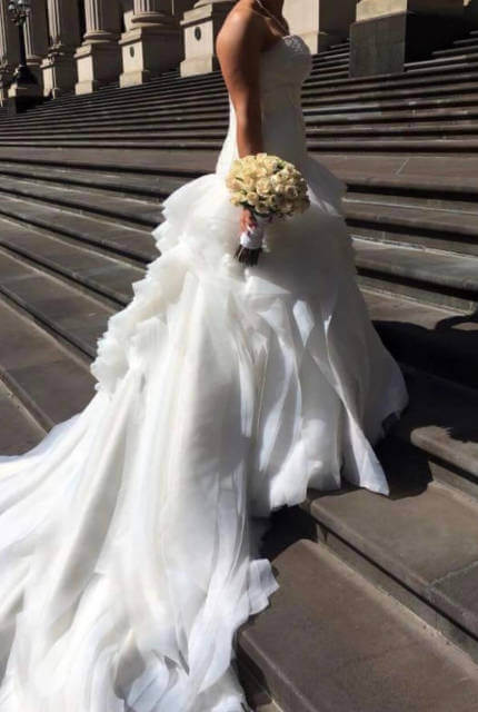Jannifer Wu – Size 10 Ball Gown dress | Second hand wedding dresses Thomastown - 5