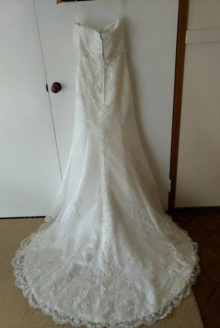 Cizzy Bridal – Size 10 A-Line dress | Second hand wedding dresses Brookfield Melton - 3