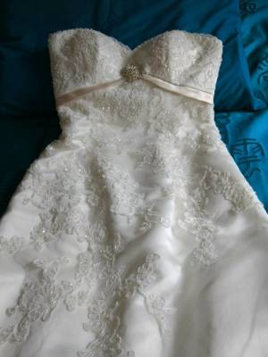 Cizzy Bridal – Size 10 – Brookfield Melton - 2