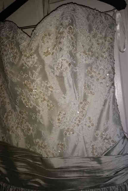 Wendy Makin – Size 12 Ball Gown dress | Second hand wedding dresses Melbourne - 8