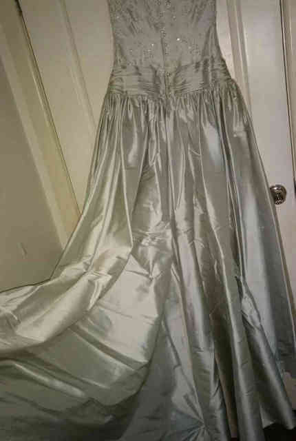 Wendy Makin – Size 12 Ball Gown dress | Second hand wedding dresses Melbourne - 9