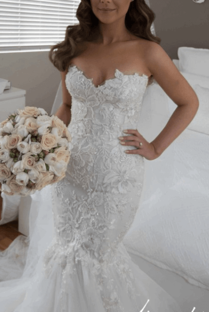 George Elsissa – Size 6 Fit and Flare dress | Second hand wedding dresses Sydney - Size 6