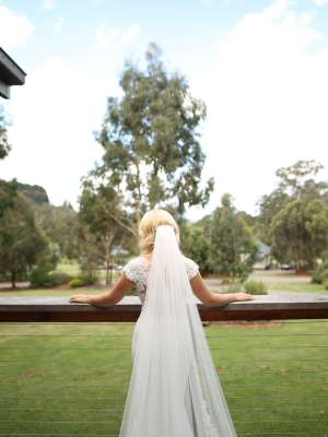 Pronovias – Size 6 Fishtail dress | Second hand wedding dresses Upper Ferntree Gully - 8