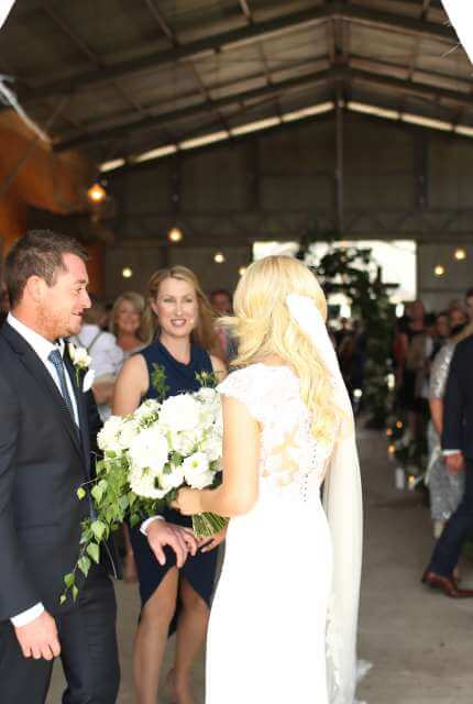 Pronovias – Size 6 Fishtail dress | Second hand wedding dresses Upper Ferntree Gully - 7
