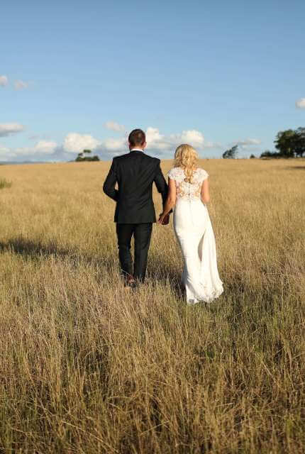 Pronovias – Size 6 Fishtail dress | Second hand wedding dresses Upper Ferntree Gully - 2