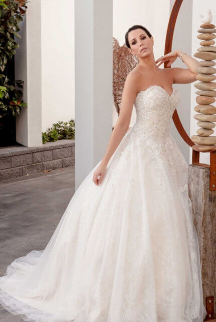 Christina Rossi – Size 22 A-Line dress | Second hand wedding dresses Cairns - 11
