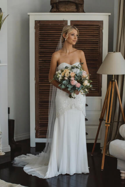 Karen Willis Holmes – Size 6 Fit and Flare dress | Second hand wedding dresses Tecoma - 4