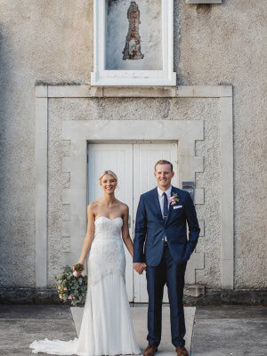 Karen Willis Holmes – Size 6 Fit and Flare dress | Second hand wedding dresses Tecoma - 6