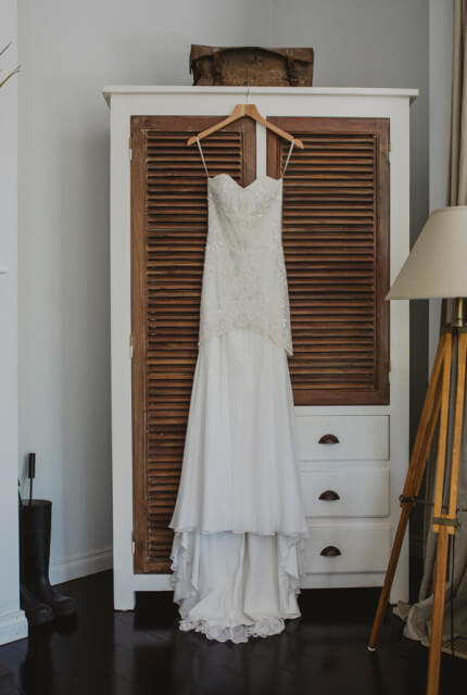 Karen Willis Holmes – Size 6 Fit and Flare dress | Second hand wedding dresses Tecoma - 3