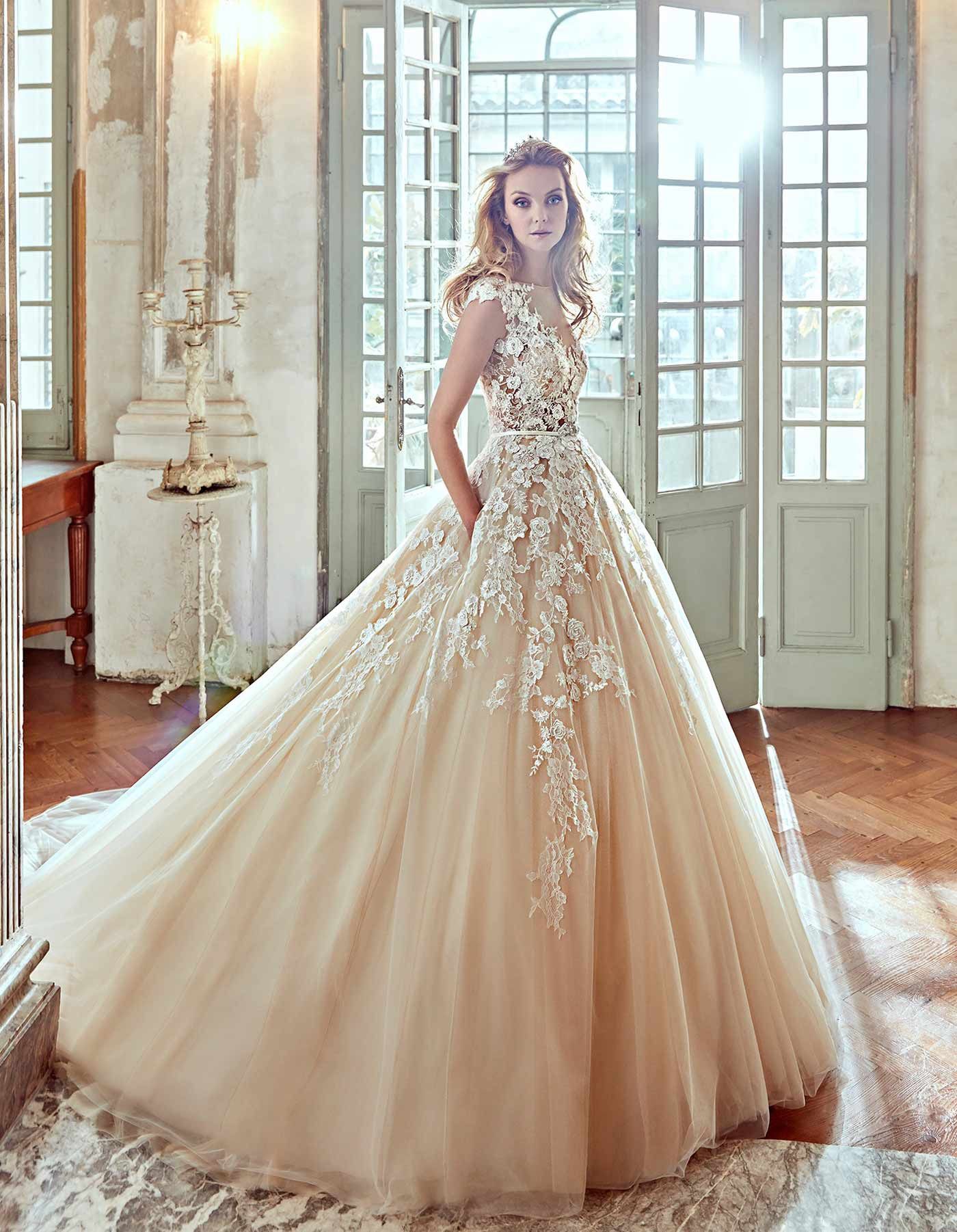 Nicole Spose – Size 12 Ball Gown dress | Second hand wedding dresses Glen Iris - Size 12