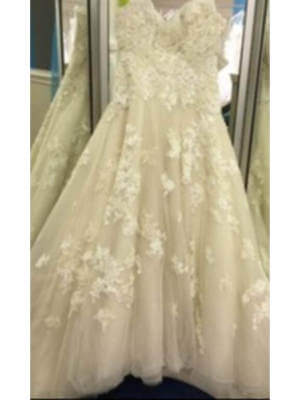 Sophia Tolli – Size 12 A-Line dress | Second hand wedding dresses Crestmead - 4