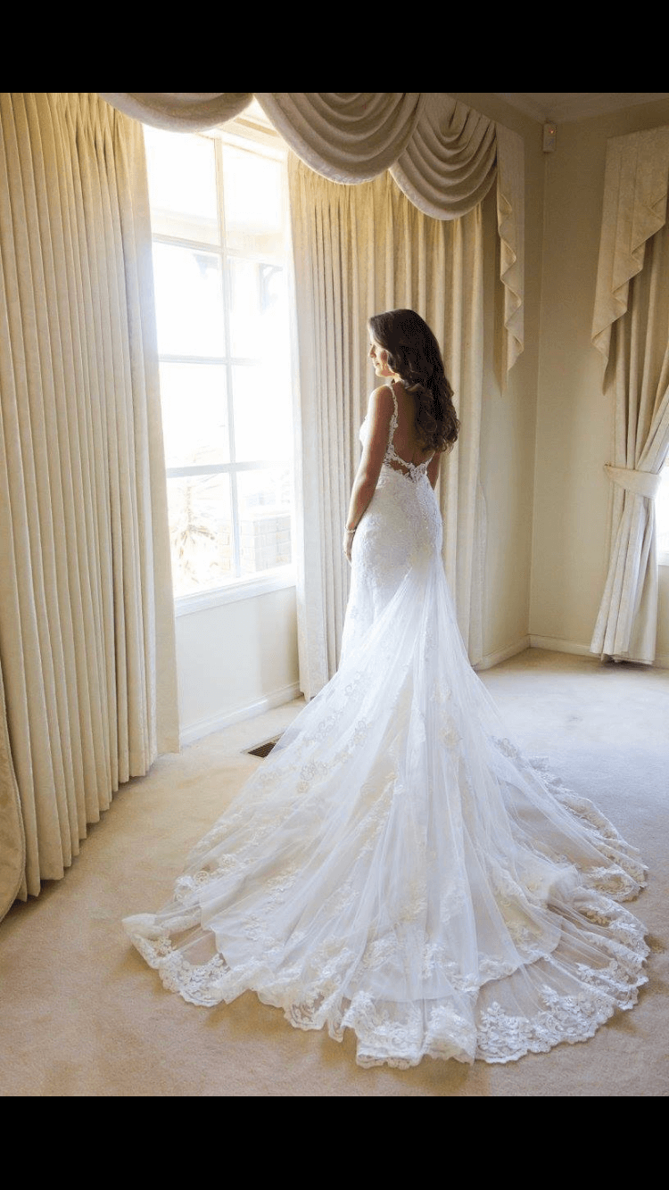 Martina Liana – Size 8 Fit and Flare dress | Second hand wedding dresses Diamond Creek - Size 8