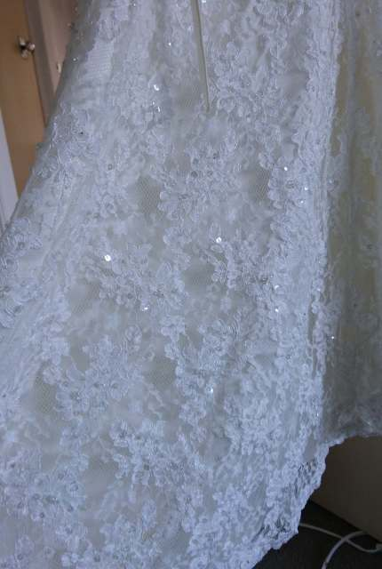 Luv Bridal – Size 6 A-Line dress | Second hand wedding dresses Mansfield - 3
