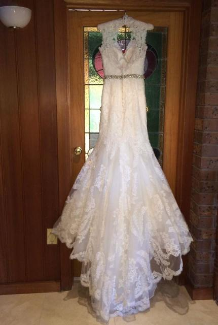 Allure Bridals – Size 8 Fishtail dress | Second hand wedding dresses Travancore - 7