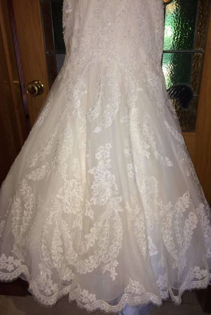 Allure Bridals – Size 8 Fishtail dress | Second hand wedding dresses Travancore - 6