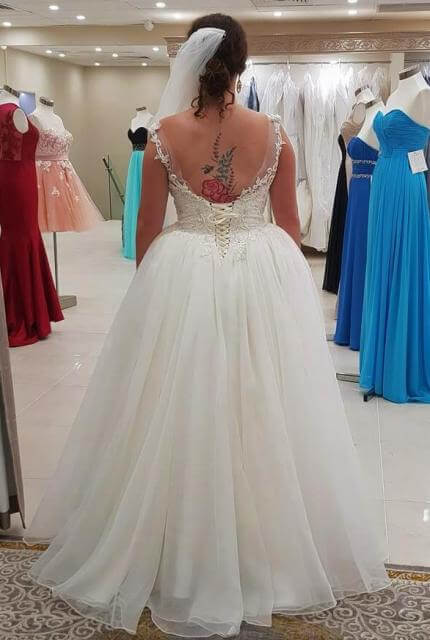 Two Birds Bridal – Size 14 Ball Gown dress | Second hand wedding dresses sydney - Size 14