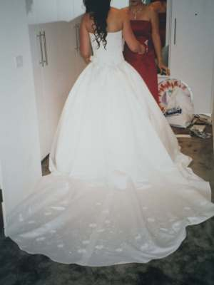 Maggie Sottero – Size 8 Ball Gown dress | Second hand wedding dresses Melbourne - 5