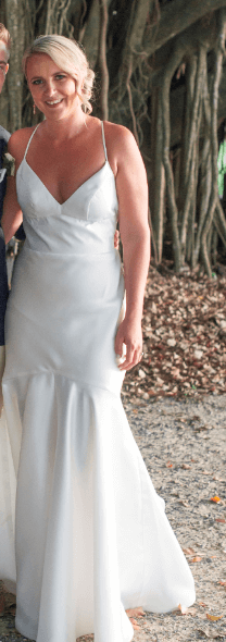 Karen Willis Holmes – Size 10 Fit and Flare dress | Second hand wedding dresses Montrose - 5