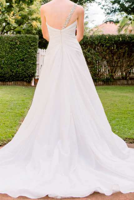 Sophia Tolli – Size 10 A-Line dress | Second hand wedding dresses Brighton - 2