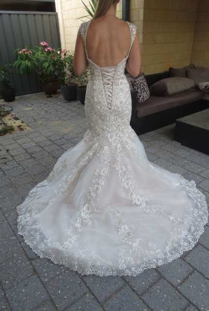 Bridal Chic – Size 6 Trumpet dress | Second hand wedding dresses Banksia Grove - 3