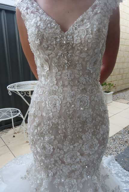 Bridal Chic – Size 6 Trumpet dress | Second hand wedding dresses Banksia Grove - 4