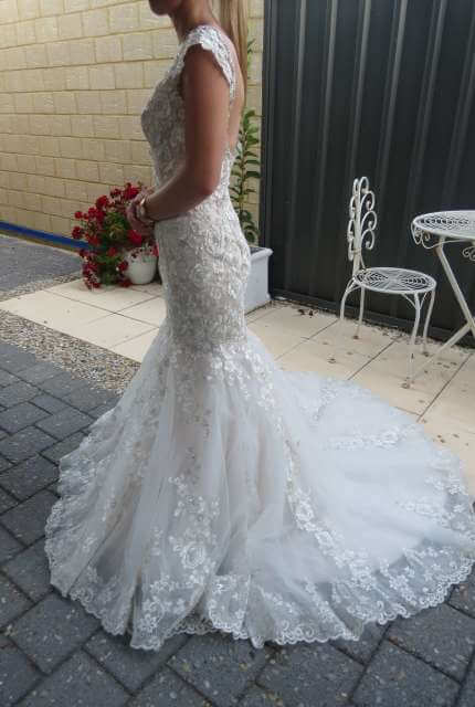 Bridal Chic – Size 6 Trumpet dress | Second hand wedding dresses Banksia Grove - 6