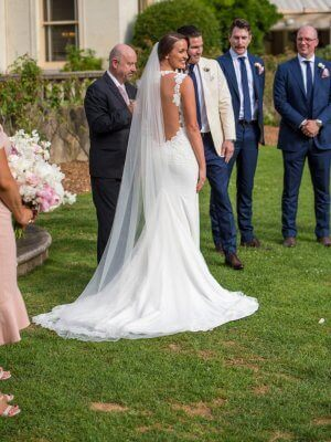 Ines Di Santo – Size 12 Trumpet dress | Second hand wedding dresses Port Melbourne - 8