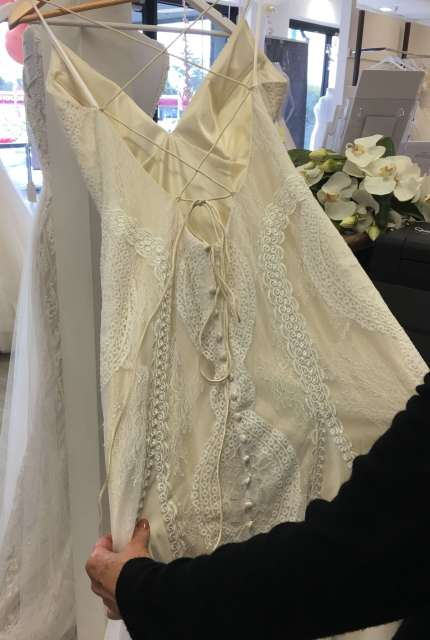 Allure Bridals – Size 12 Sheath dress | Second hand wedding dresses Blackburn North - 5