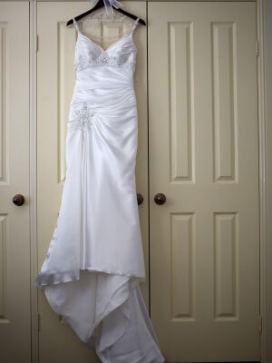 Ronald Joyce – Size 8 Vintage dress | Second hand wedding dresses Epping - 2