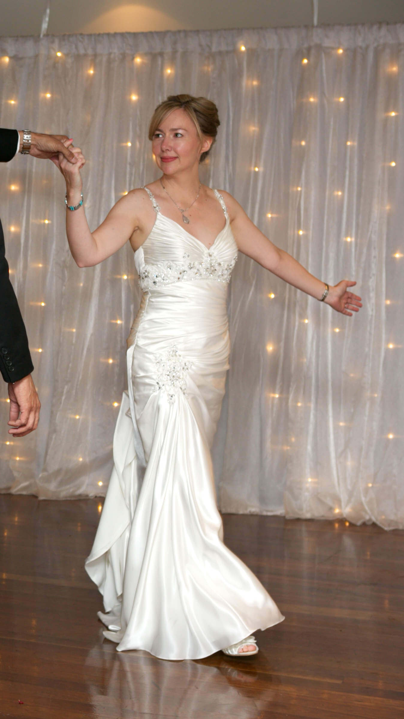 Ronald Joyce – Size 8 Vintage dress | Second hand wedding dresses Epping - Size 8