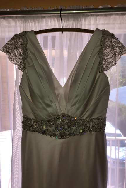 Ferrari – Size 8 Fishtail dress | Second hand wedding dresses Illawarra - 5
