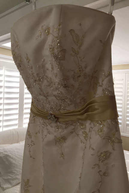 Alfred Angelo – Size 10 Fit and Flare dress | Second hand wedding dresses Scarborough - 7