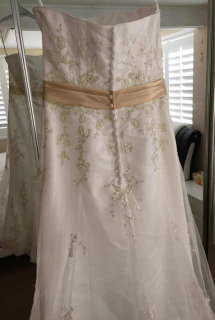 Alfred Angelo – Size 10 Fit and Flare dress | Second hand wedding dresses Scarborough - 2