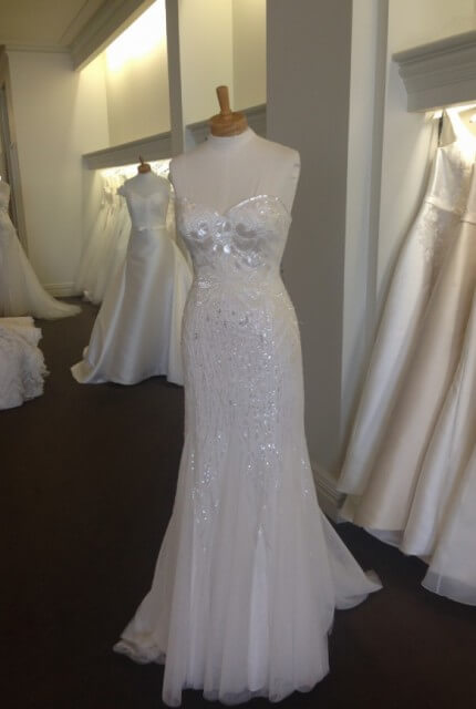Aire Barcelona – Size 8 Strapless dress | Second hand wedding dresses DIANELLA - 3