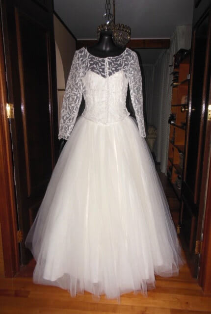 Bespoke / Other – Size 10 Ball Gown dress | Second hand wedding dresses Fullarton - 2