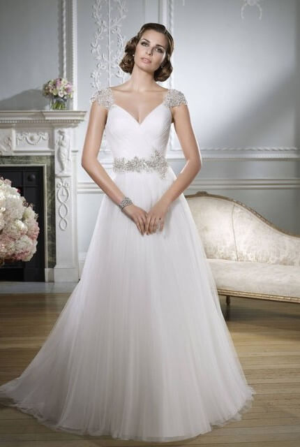 Victoria Jane – Size 12 A-Line dress | Second hand wedding dresses Flinders View - 3