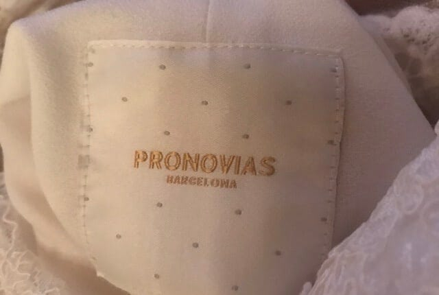 Pronovias – Size 14 Fit and Flare dress | Second hand wedding dresses Tamborine - 5