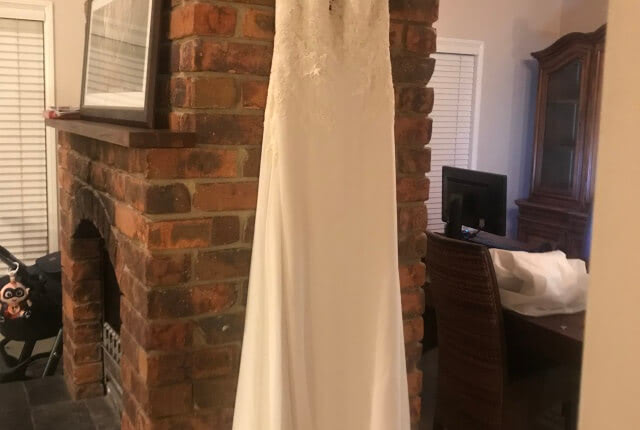 Pronovias – Size 14 Fit and Flare dress | Second hand wedding dresses Tamborine - 2