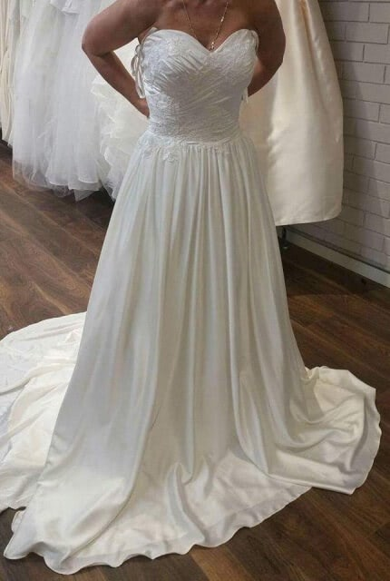 Pozzoni – Size 6 A-Line dress | Second hand wedding dresses Officer - Size 6