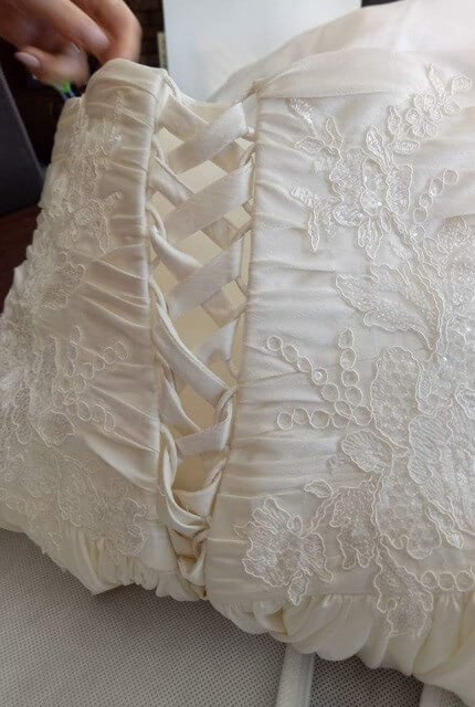Pozzoni – Size 6 A-Line dress | Second hand wedding dresses Officer - 4