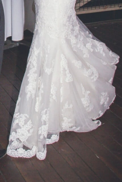 Benjamin Roberts – Size 12 Fishtail dress | Second hand wedding dresses Salisbury - 4