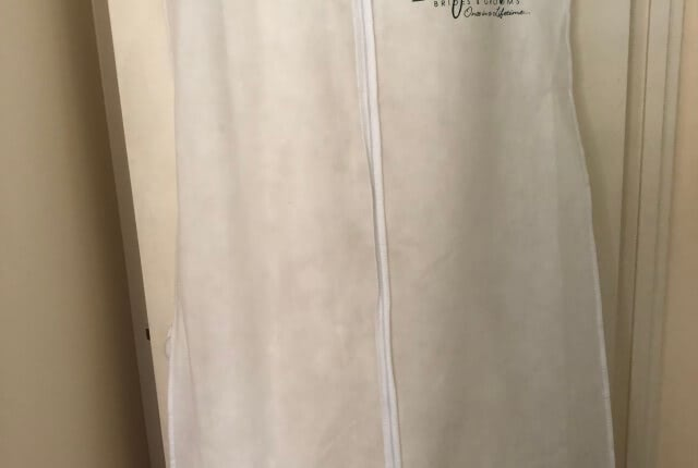 Benjamin Roberts – Size 12 Fishtail dress | Second hand wedding dresses Salisbury - 12