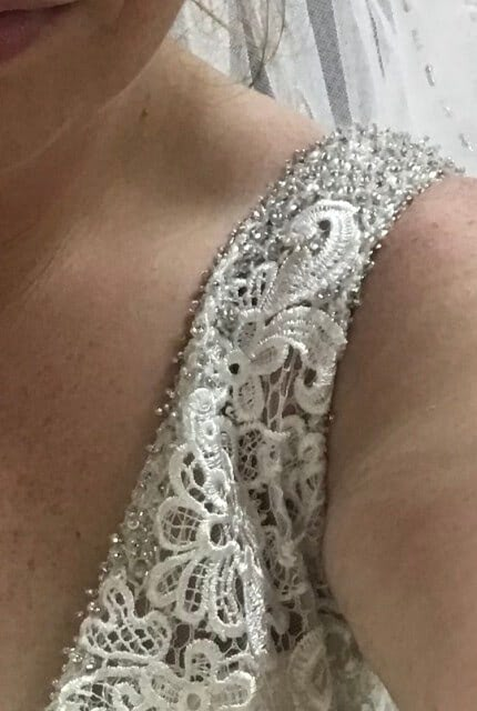 Allure Bridals – Size 16 A-Line dress | Second hand wedding dresses Kedron - 2