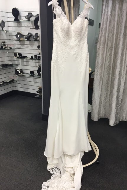 Stella York – Size 14 Fit and Flare dress | Second hand wedding dresses Surrey Hills - 6