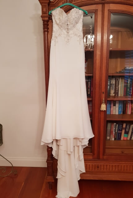 Maggie Sottero – Size 8 Fit and Flare dress | Second hand wedding dresses Sydney - 5