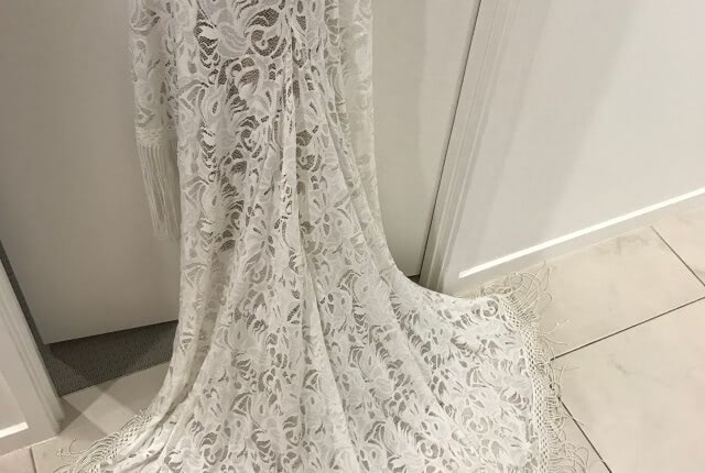 Grace Loves Lace – Size 8 Petite dress | Second hand wedding dresses 14 Eileen Ave - 3