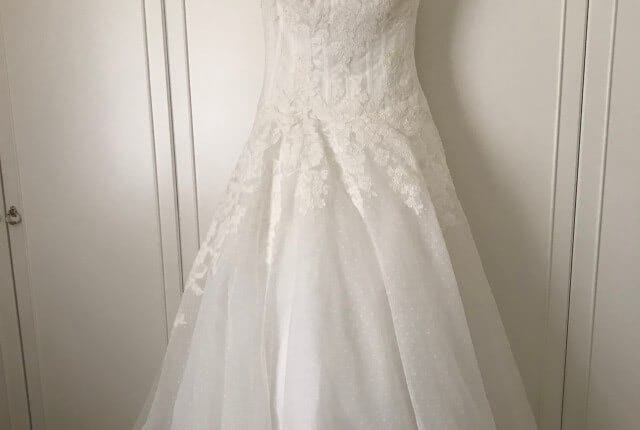San Patrick – Size 8 A-Line dress | Second hand wedding dresses Highbury - 3