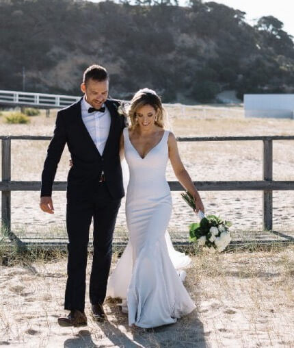 Made With Love Bridal – Size 8 Fit and Flare dress | Second hand wedding dresses Tarneit - 4
