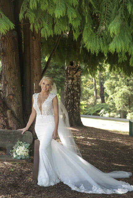 Berta – Size 10 Fit and Flare dress | Second hand wedding dresses Doreen - Size 10