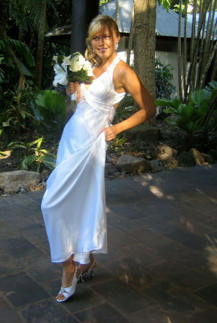 Bespoke / Other – Size 12 A-Line dress | Second hand wedding dresses Cairns - 5